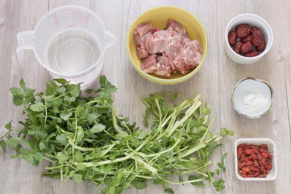 西洋菜红枣枸杞排骨汤材料
